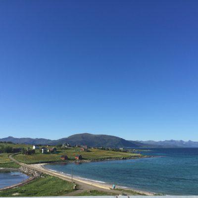Blick auf die Insel Holdøya