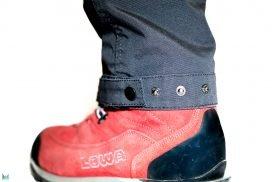 Verstellbare Beinabschlüsse mit Druckknöpfen