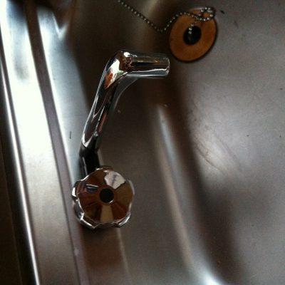 der neue Wasserhahn